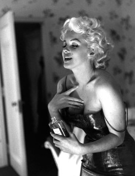 Marilyn Monroe Chanel no. 5